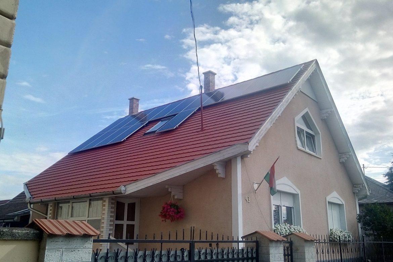 Isaszeg-napelem-háztető