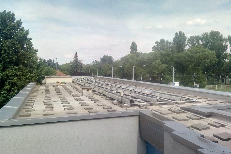 Kecskemét-napelemek-tető